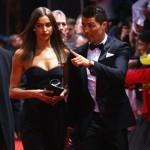 クリスティアーノ・ロナウド、2012年FIFAバロンドール受賞式に恋人と出席