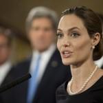 アンジェリーナ・ジョリー、『紛争下の性暴力防止を』G8サミットに出席