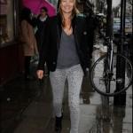 ケイト・モス、すっぴんで歩いているところをパパラッチ!