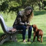 ブレイク・ライヴリー、愛犬たちと公園にお出かけ