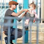 デビッド・ベッカム、愛娘ハーパーちゃんとNYの公園でラブラブデート