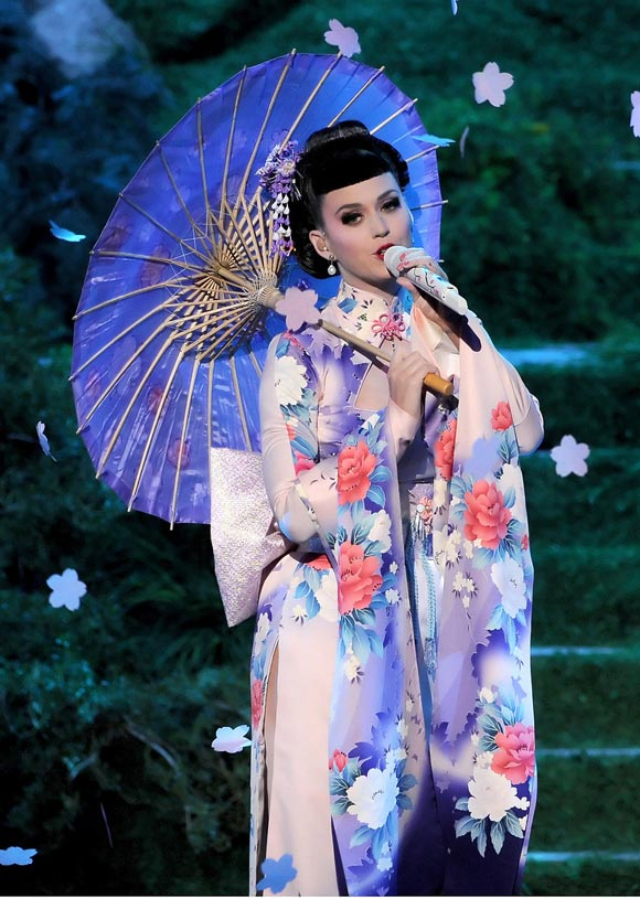 Katy-Perry2013 American-Music-Awards1