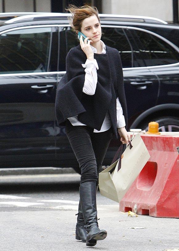 Emma-Watson-20131202-1