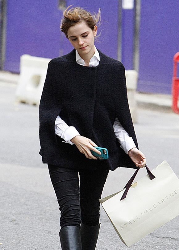 Emma-Watson-20131202-2