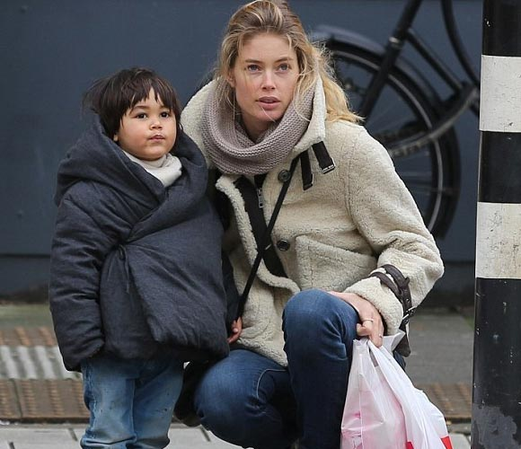 Doutzen-Kroes-son