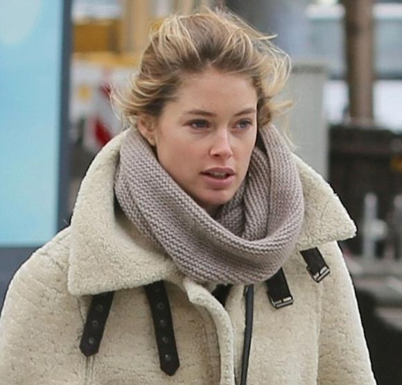 Doutzen-Kroes-son2