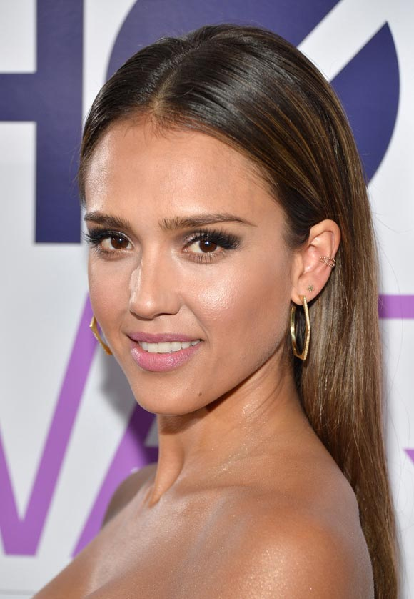 Jessica-Alba--People-Choice-Awards2