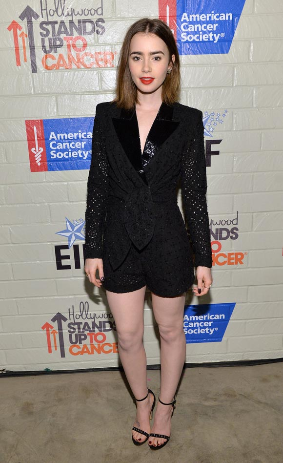 Lily-Collins-Stands-Up-Cancer1