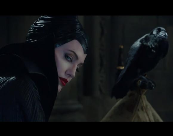 angelina-jolies-maleficent-trailer4