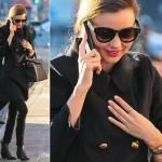 ミランダ・カー、全身ブラックのモード&クールな私服