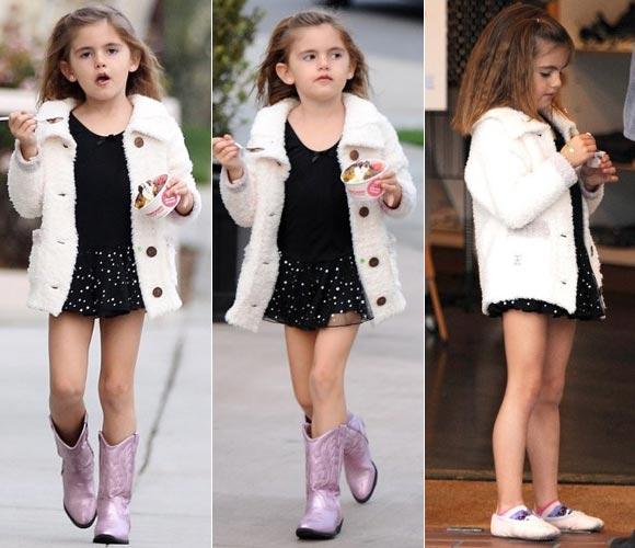 Alessandra-Ambrosio-daughter-anja-04