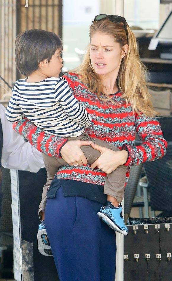 Doutzen-Kroes-family-01