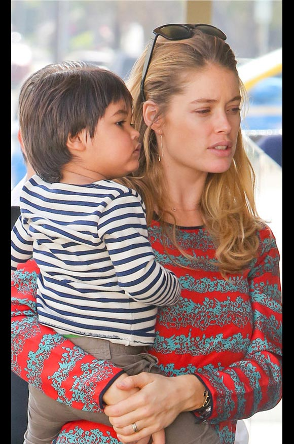 Doutzen-Kroes-family-03