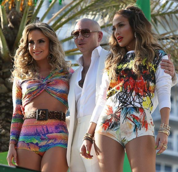 Jennifer-Lopez-Pitbull-FIFA-World-Cup-MV-01