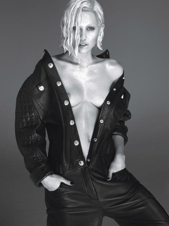 Miley-Cyrus-W-02