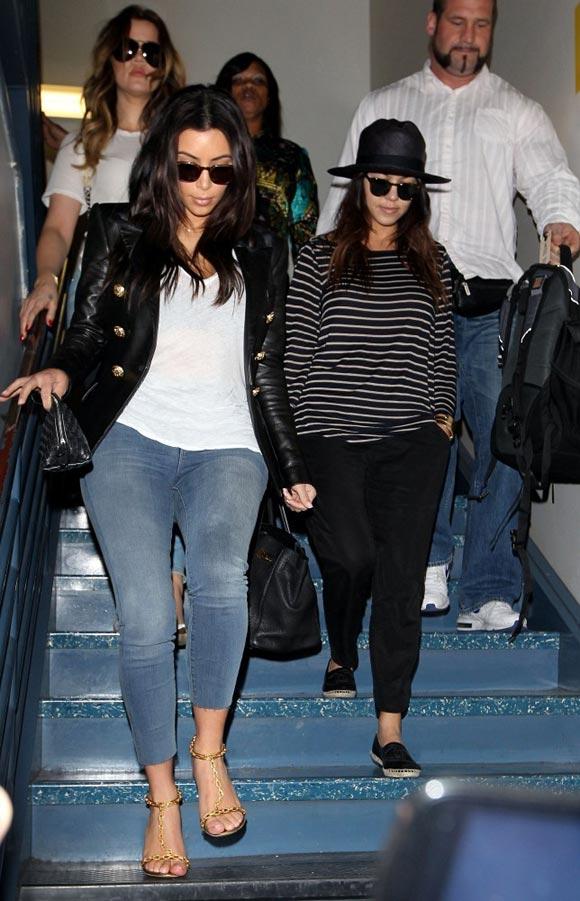Kardashian-sisters-01
