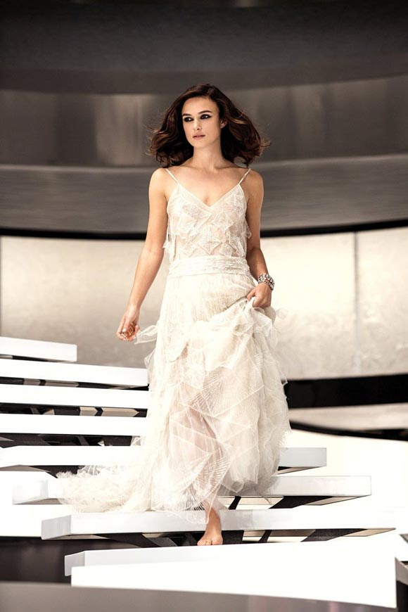 Keira-Knightley-for-CHANEL-Coco-Mademoiselle-01