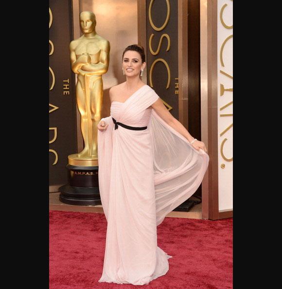 Oscars-2014-Penelope-Cruz