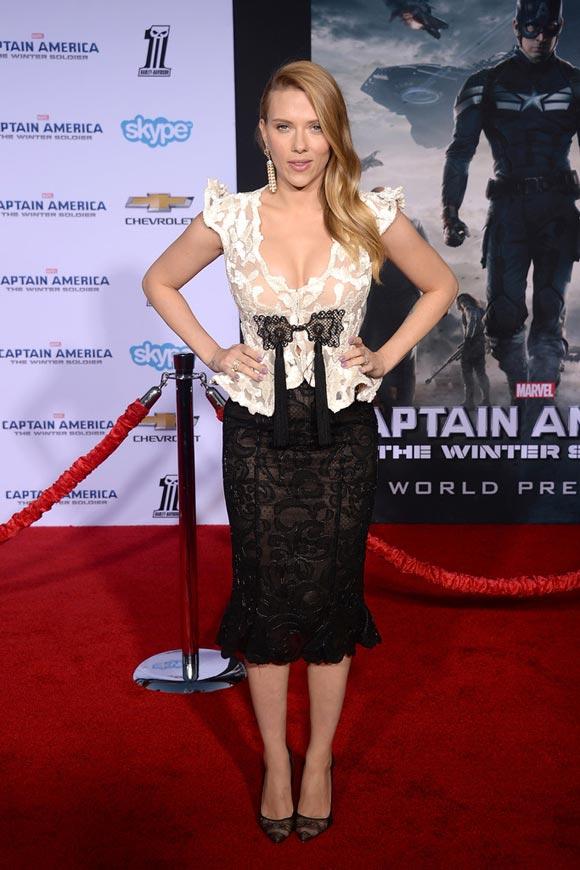 Scarlett-Johansson-Captain-America-01