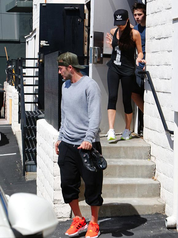 David-Beckham-Victoria-Brooklyn-01