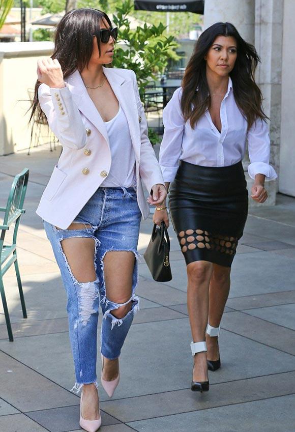 Kim-Kardashian-Kourtney-2014-01