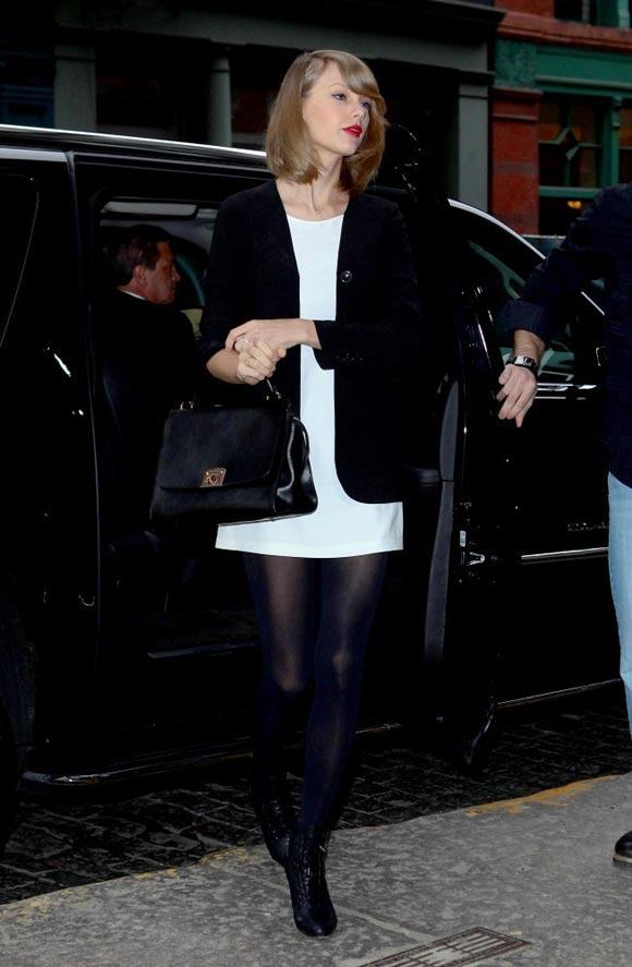 Taylor-Swift-2014-02