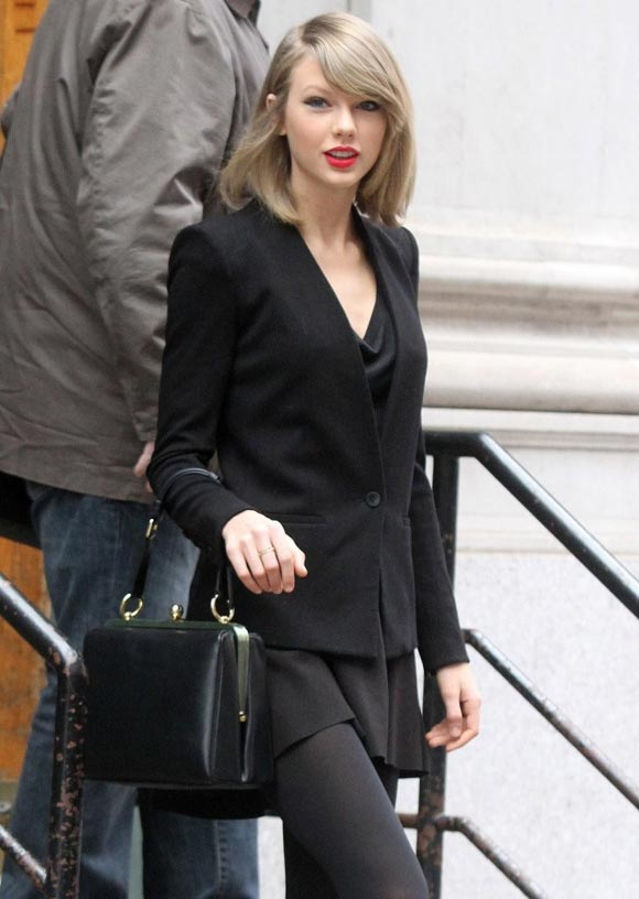 Taylor-Swift-2014-outfit-black-03