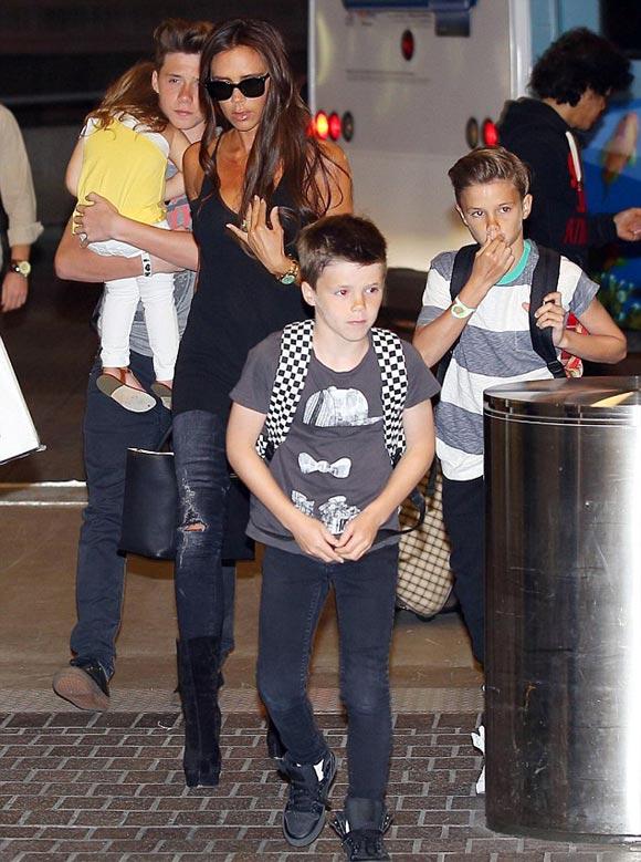 Victoria-Beckham-kids-2014-01