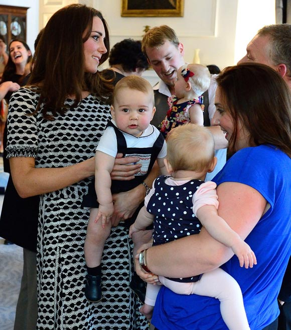 kate-middleton-prince-george-2014-02