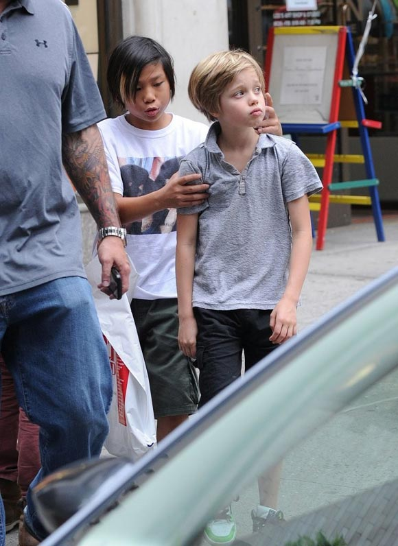 Angelina-Jolie-kids-2014-Shiloh-Pax-01