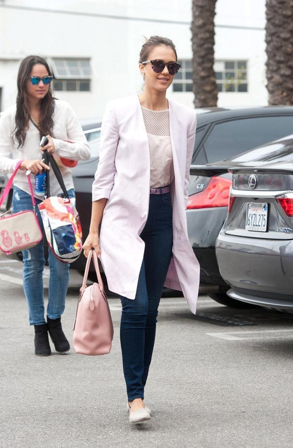 Jessica-Alba-2014-outfit-03