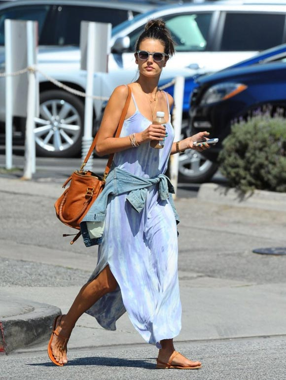 Alessandra-Ambrosio-outfits-2014-01