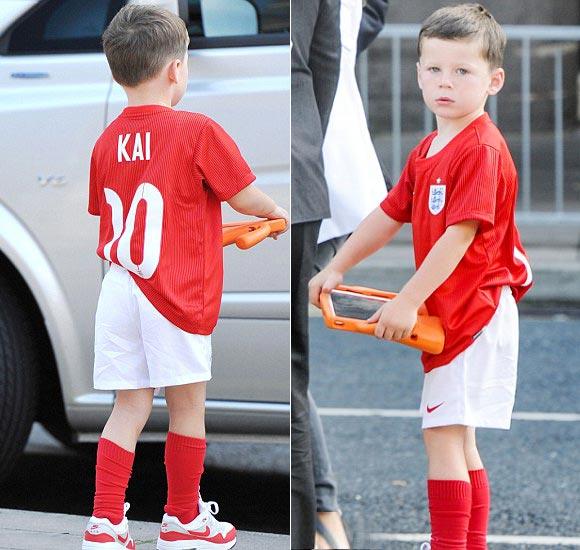 Coleen-Rooney-sons-Kai- Klay-2014-05
