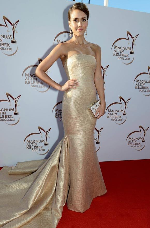 Jessica-Alba-Golden-Butterfly-Awards-02
