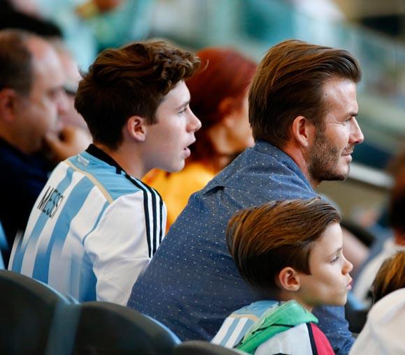 David-Beckham-sons-2014-FIFA-01