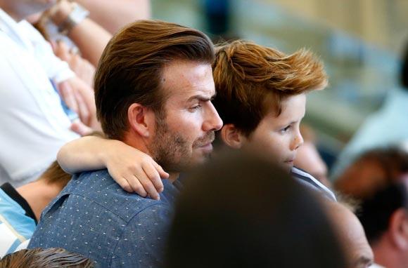 David-Beckham-sons-2014-FIFA-02