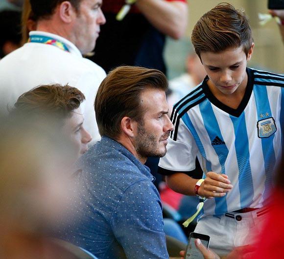 David-Beckham-sons-2014-FIFA-05