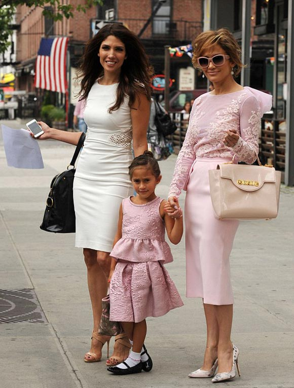 Jennifer-Lopez-daughter-LULAC-2014-02