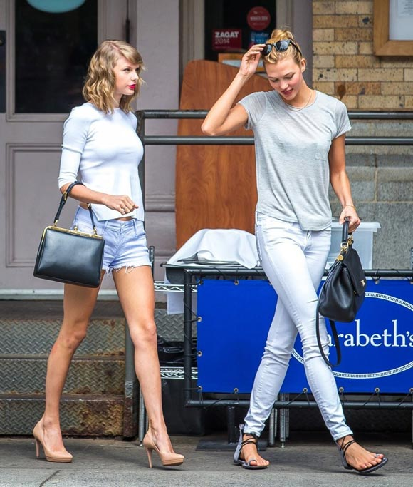 Taylor-Swift-Karlie-Kloss-outfit-2014-01