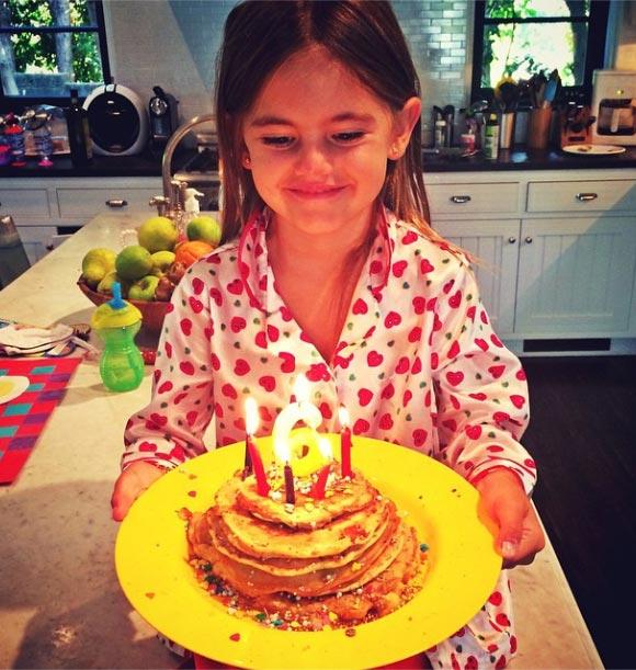 Alessandra-Ambrosio-Anja-sixth birthday-2014-04