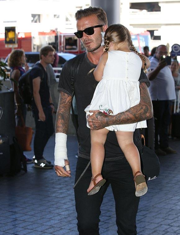 David-Beckham-harper-2014-02