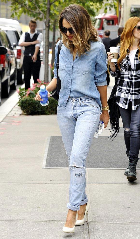 Jessica-Alba- denim-outfit-2014-02
