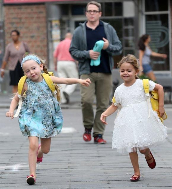 Sarah-Jessica- Parker-daughter-twins-2014-01