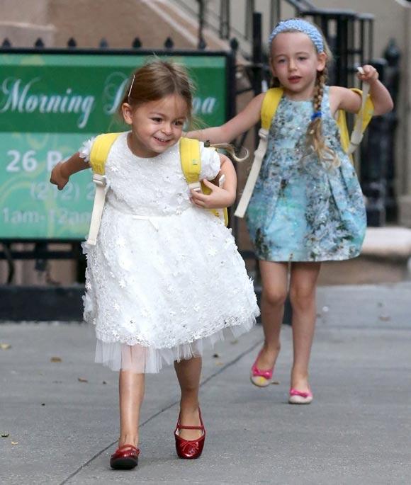 Sarah-Jessica- Parker-daughter-twins-2014-03