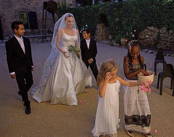 angelina-jolie-brad-pitt-wedding-2014-05
