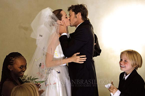 angelina-jolie-brad-pitt-wedding-2014-13