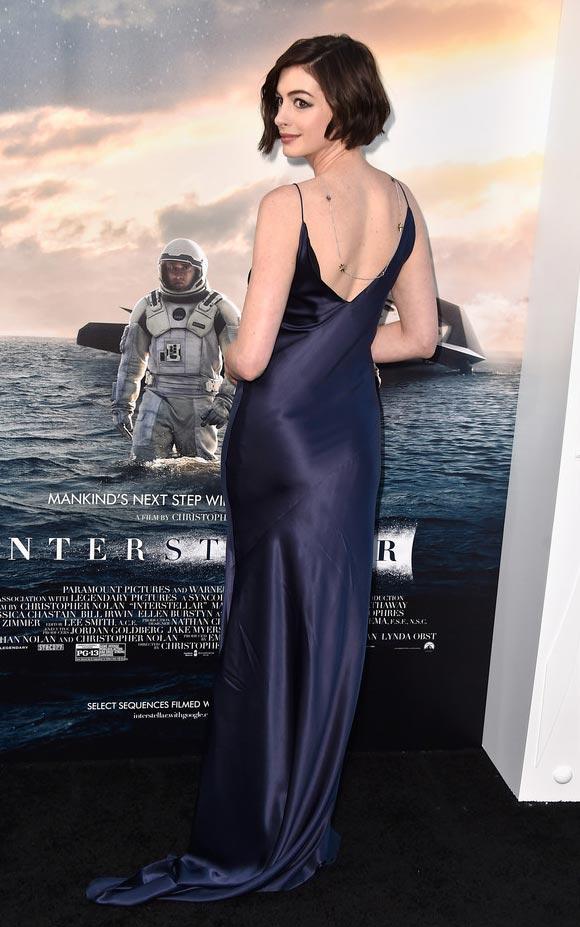 Anne-Hathaway-Interstellar -Premiere-2014-03