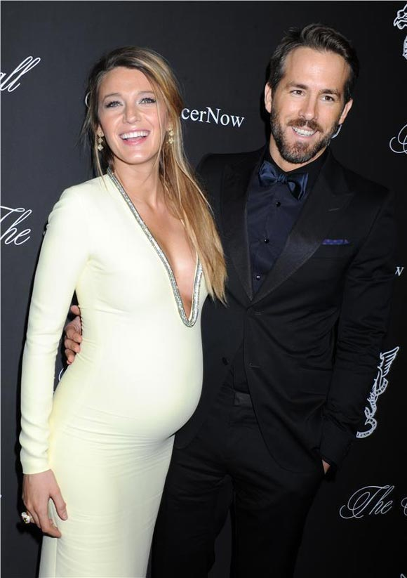 Blake-Lively-Ryan-Reynolds-2014-Angel-Ball-05