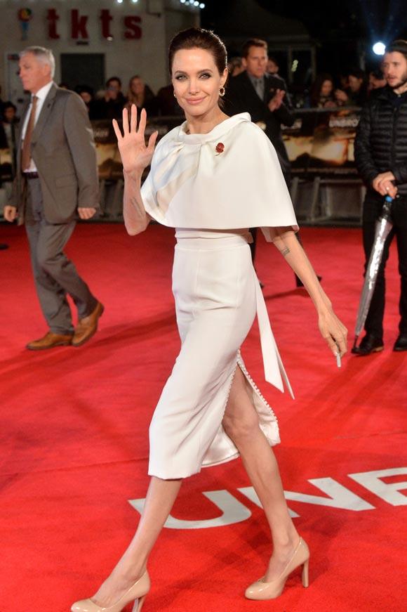 Angelina-Jolie-Unbroken-Premieres-UK-2014-02