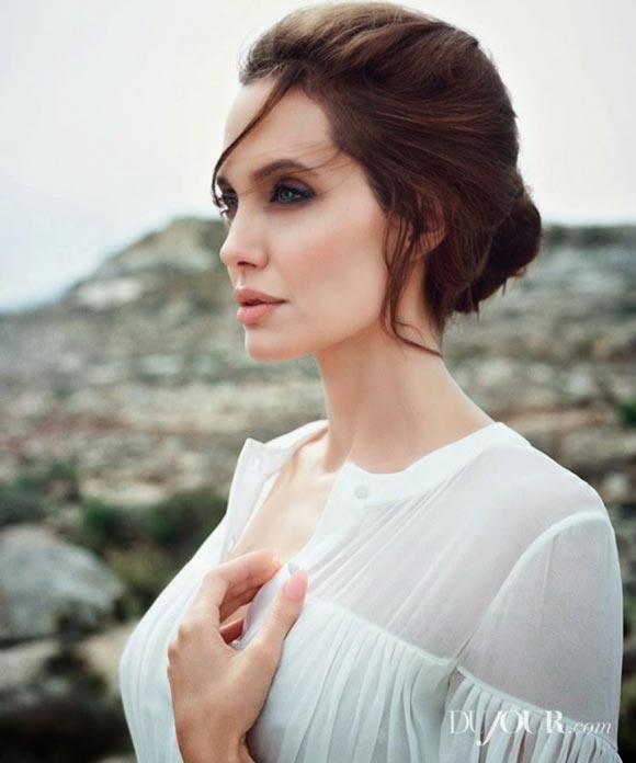Angelina-Jolie_-DuJour-Magazine-2014-02